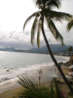 Visita las playas de Manzanillo