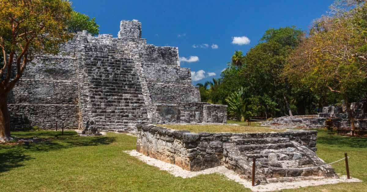 Sitios arqueológicos en Cancún